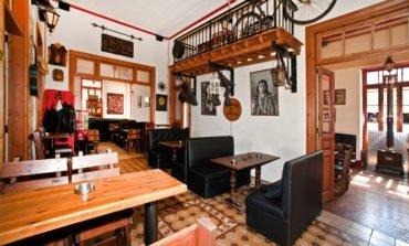 Bar review: Temple bar and café, Paphos