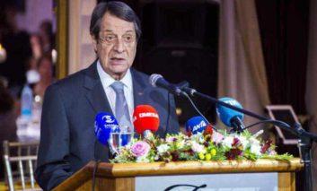 Anastasiades ready to work with UN envoy to restart talks