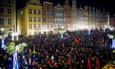 Liberal mayor of Poland's Gdansk dies after stabbing