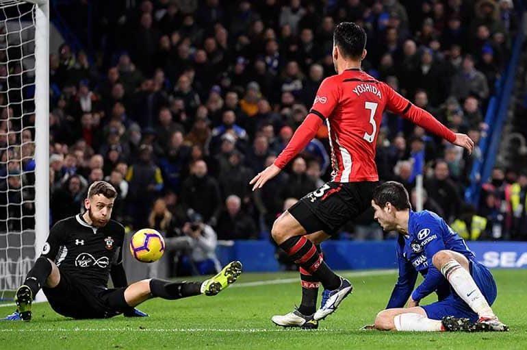 Angus Gunn inspires Southampton as Chelsea draw a blank