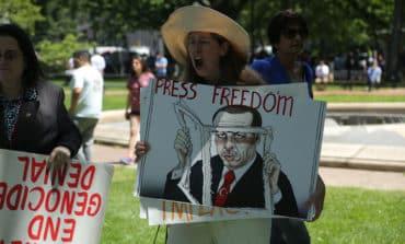 World's largest jailer of journalists, Turkey, deports Dutch journalist