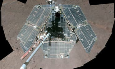 Nasa declares Mars rover dead after 15 years on red planet
