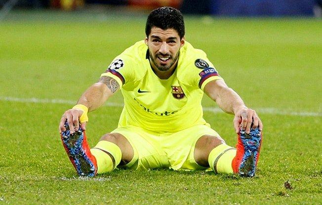 Barca's Suarez in firing line after European away goals drought