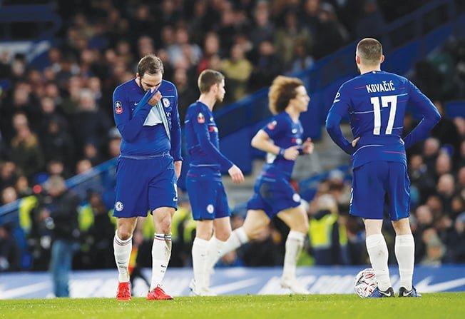 Sarri planning for long-term despite Chelsea boo boys