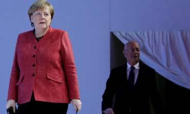 Merkel drops hint of a 'creative' Brexit compromise