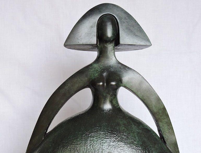 Lebanese artist brings sculptures to Nicosia