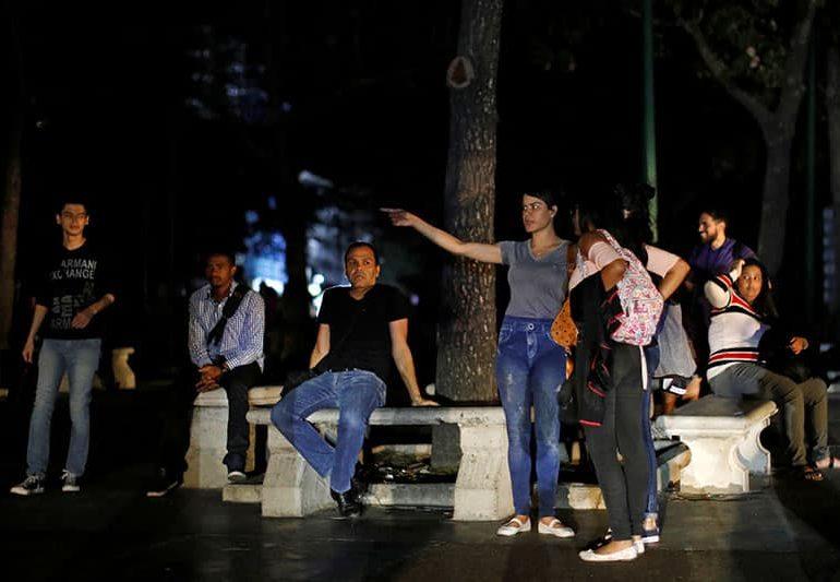 Venezuela hit by major blackout, government blames 'sabotage' (V)