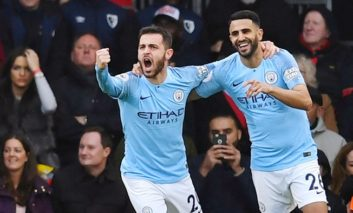 City back on top, United win thriller