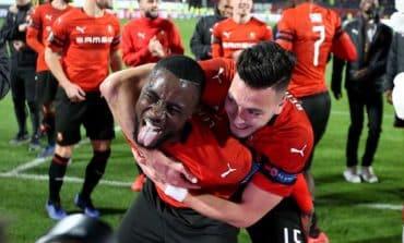 10-manArsenalslump in Rennes, Sevilla held