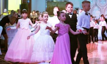 Viennese ball returns for children