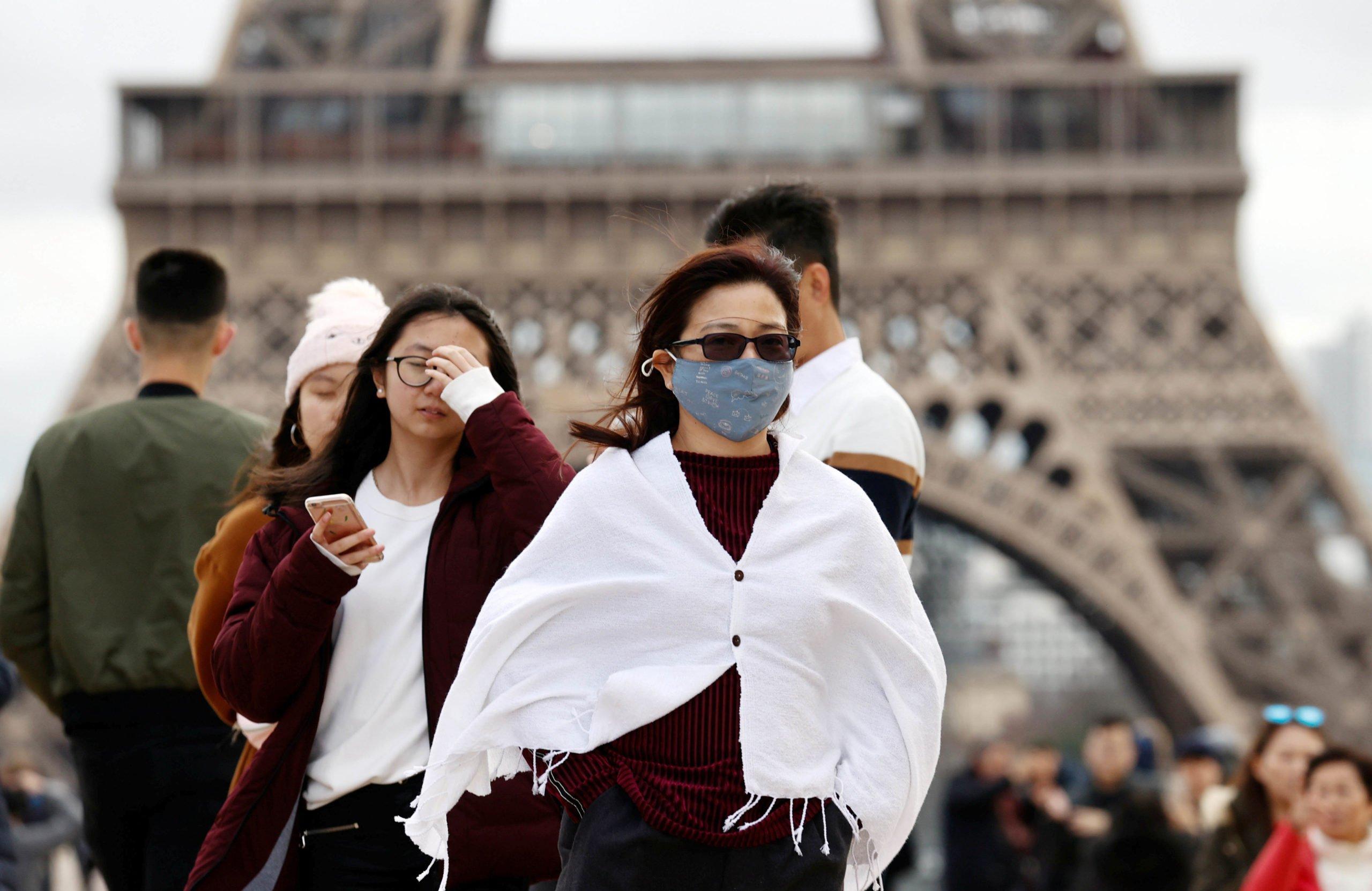 Fransada koronavirusdan ölənlərin sayı 29,4 mini keçib