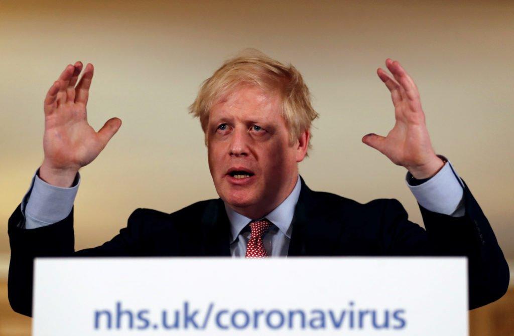 Coronavirus: UK's Johnson fights worsening coronavirus symptoms in intensive care
