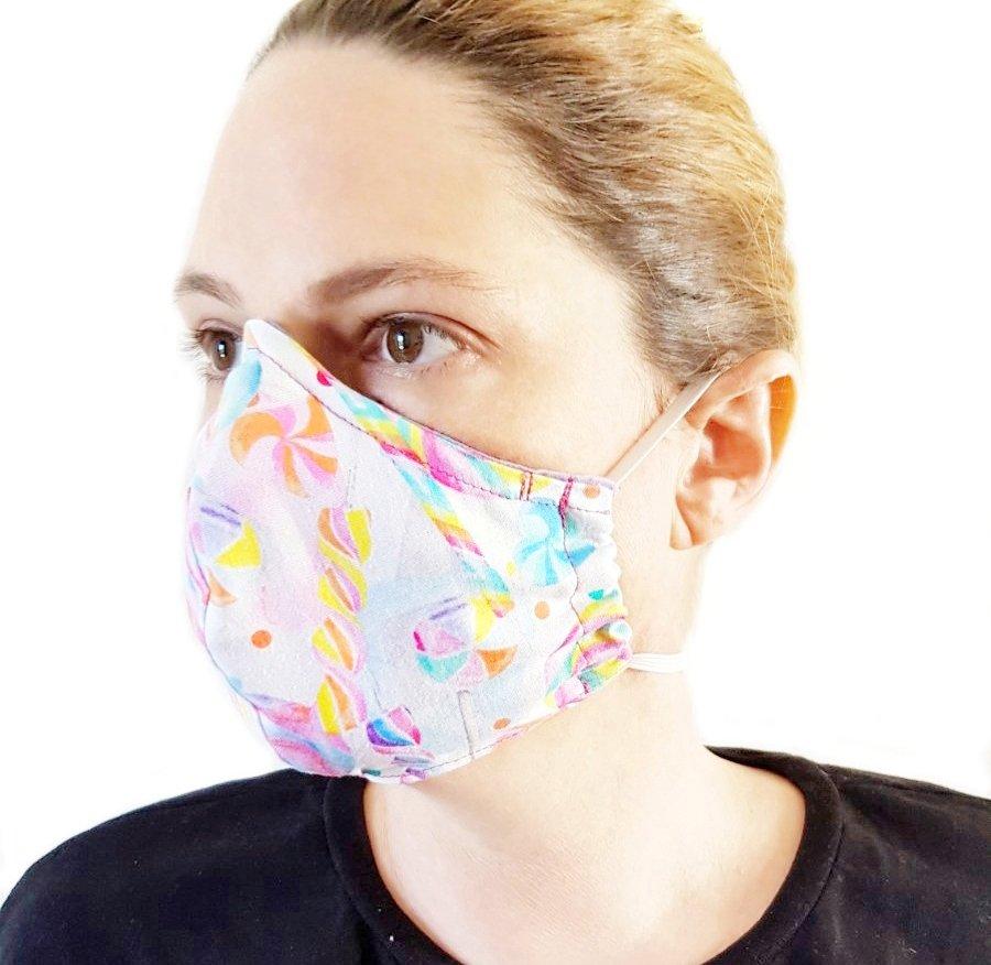 Coronavirus: how to make your own mask