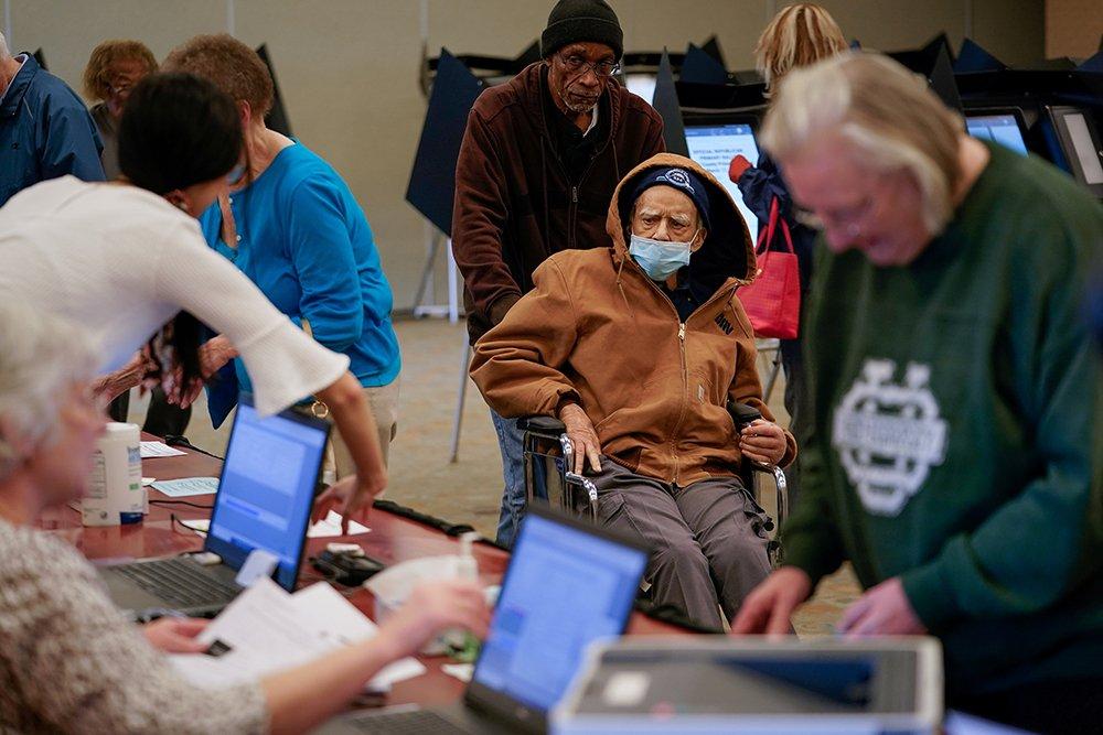 Coronavirus a major threat to US election process