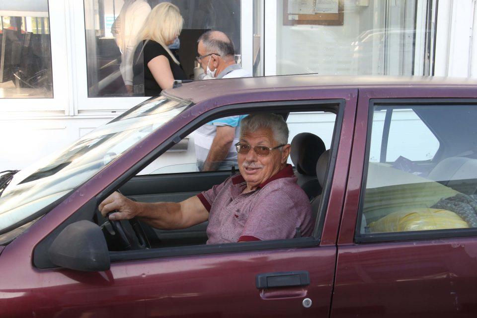 Турки-киприоты, работающие в Республике Кипр, вынуждены ночевать в своих машинах: фото 2