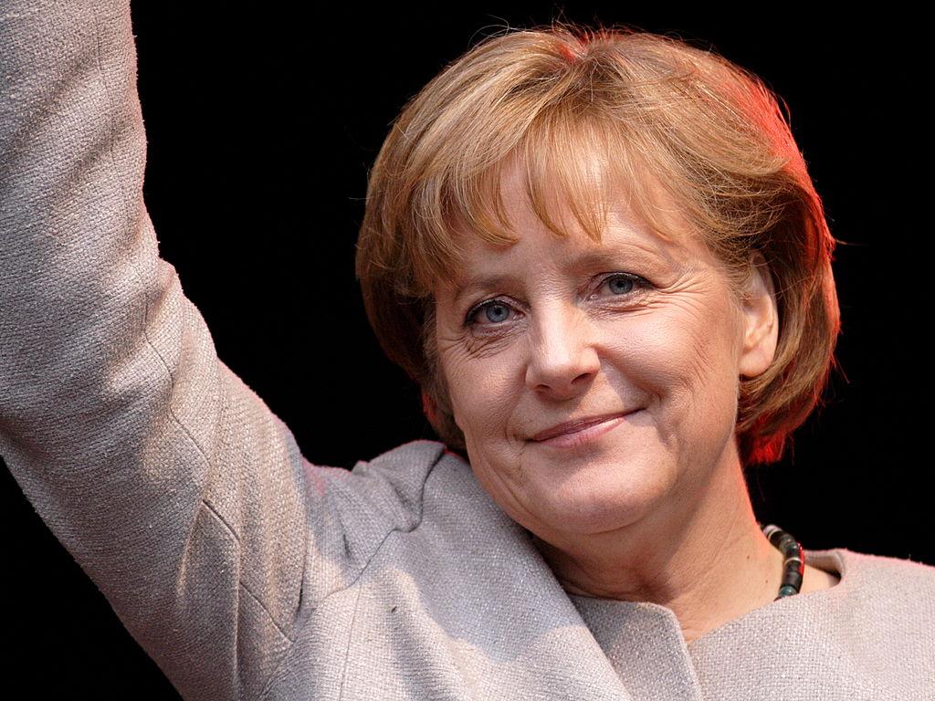 Ο αρχηγός του κόμματος της Μέρκελ θέλει γρήγορη απόφαση για τον υποψήφιο καγκελάριο καθώς αυξάνεται η πίεση