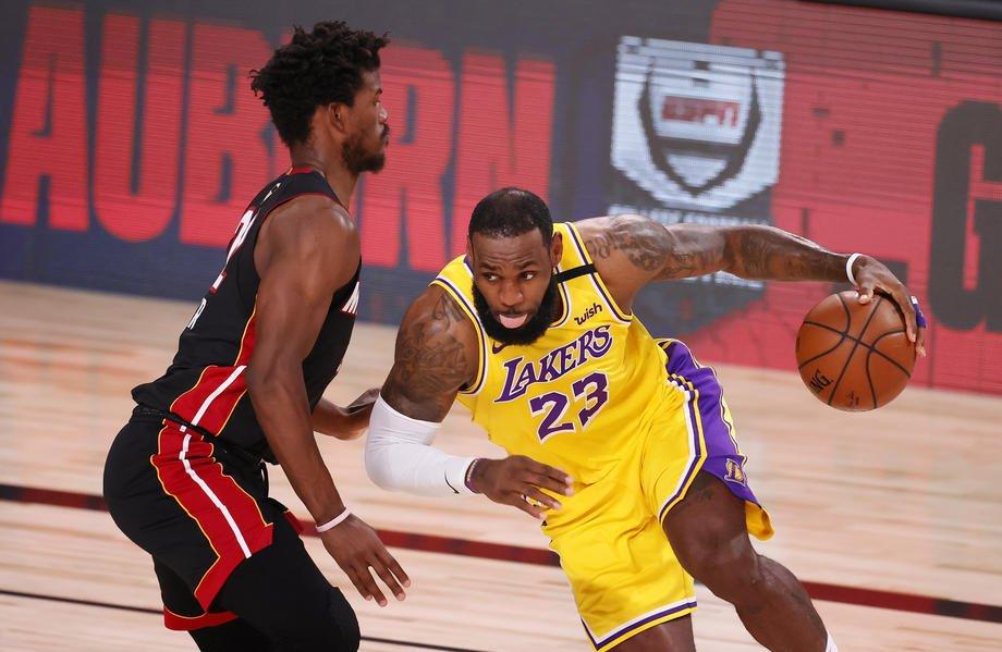 Miami Heat At Los Angeles Lakers
