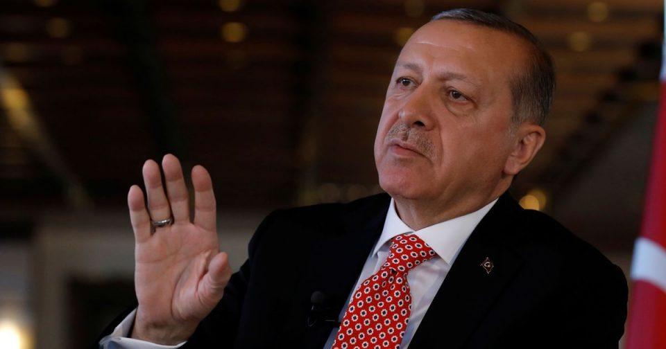 Erdogran Hand Up