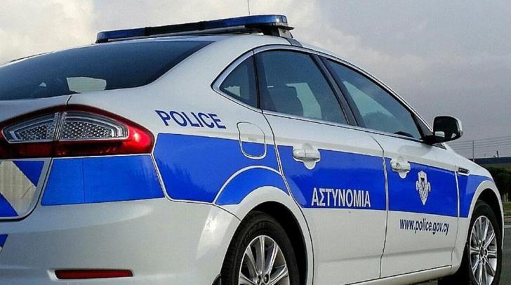 Police Car 16