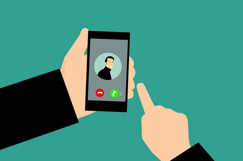 Telephone Scams Smartphone 3572807 1280 (002)