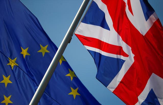 Συμφωνία απόσυρσης Brexit: επιπτώσεις στα δικαιώματα διαμονής υπηκόων του Ηνωμένου Βασιλείου στην Κύπρο