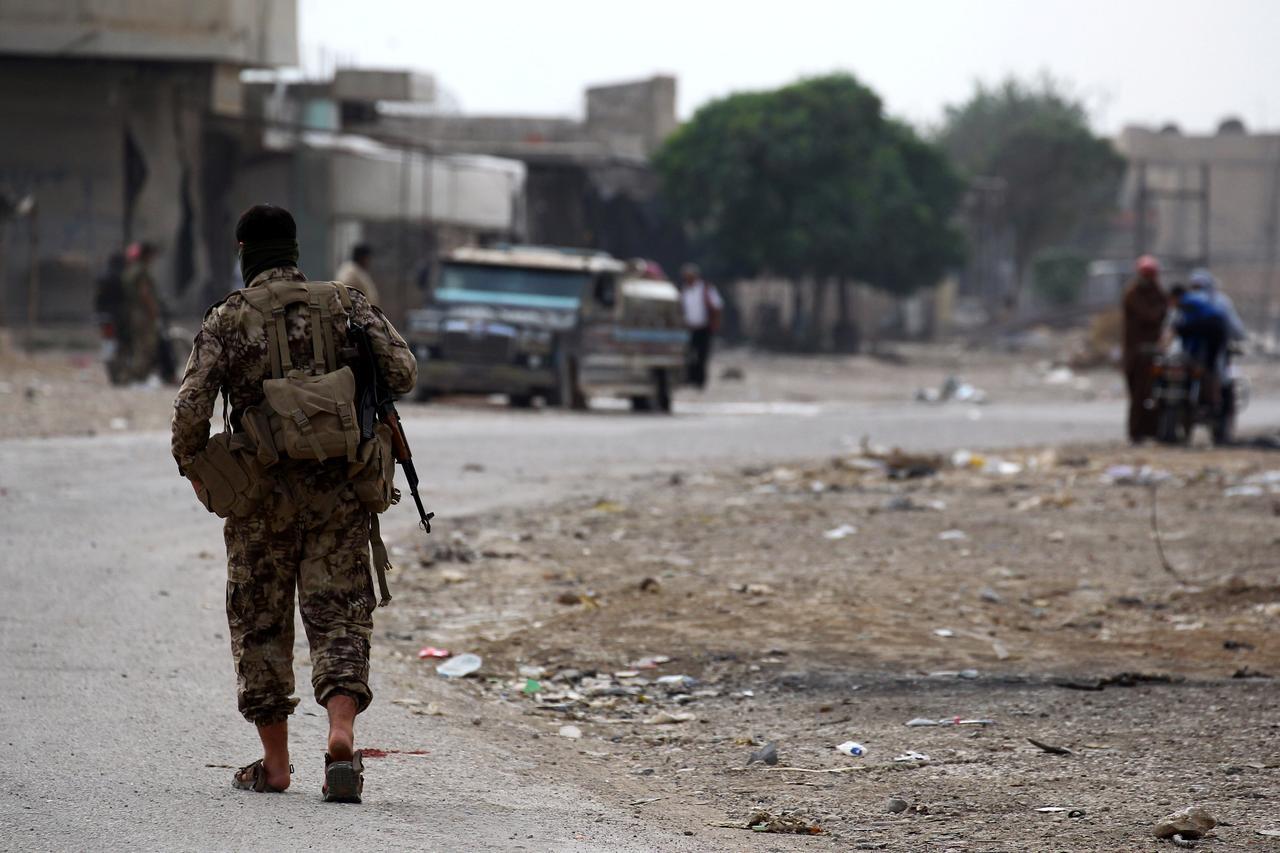 Η Ρωσία ενισχύει τη συριακή περιοχή όπου οι μαχητές που υποστηρίζονται από την Τουρκία συγκρούστηκαν με κουρδικές δυνάμεις