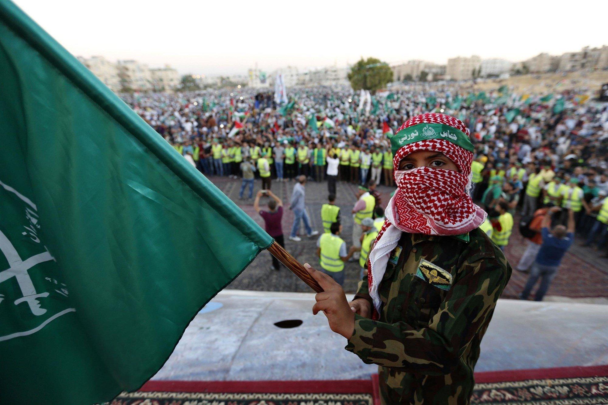 140809 Muslim Brotherhood 0645 9b35be42f20ebed7a373a83cb76cdb5d.fit 2000w