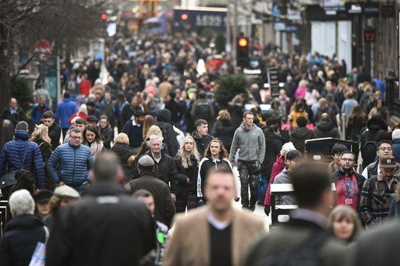 brits go shopping