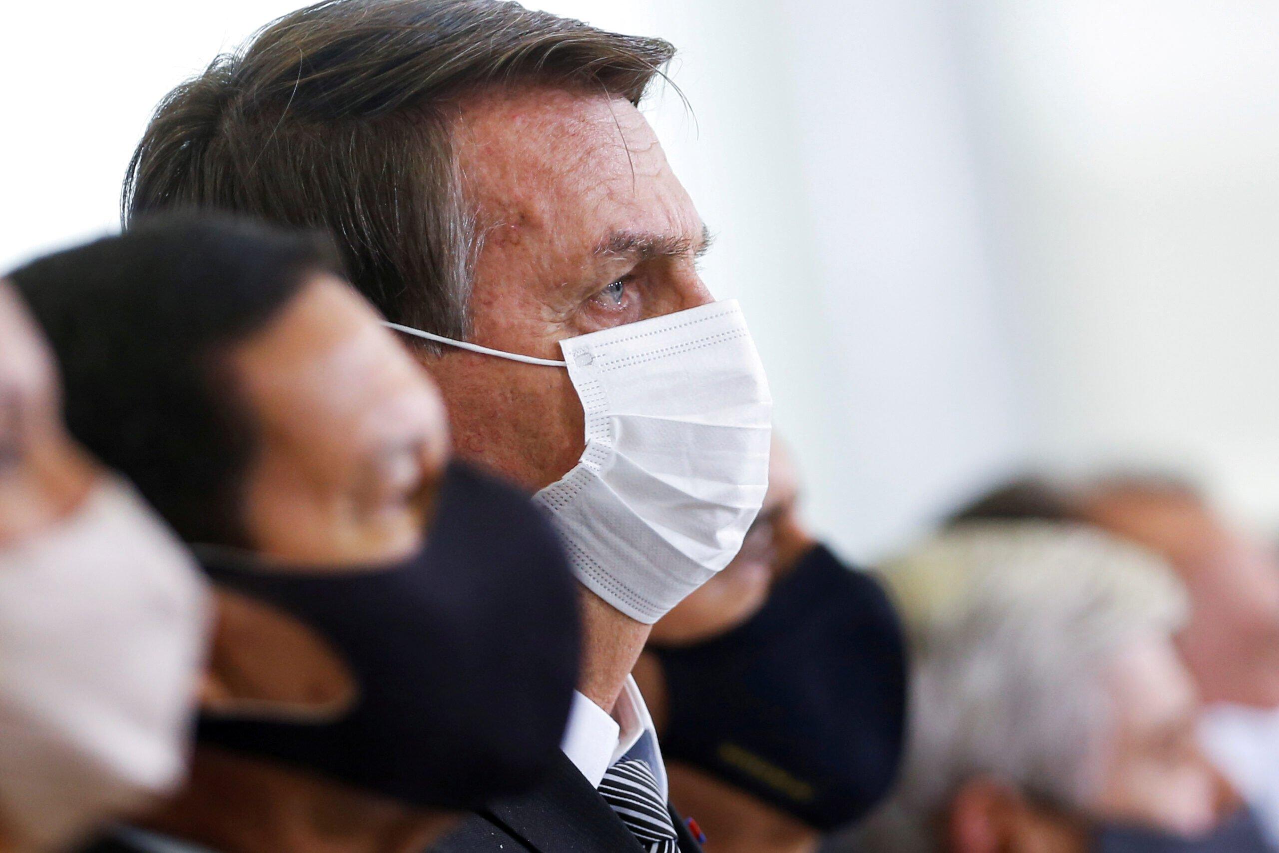 Bolsonaro: πολιτική αυτοκτονία από τον Covid