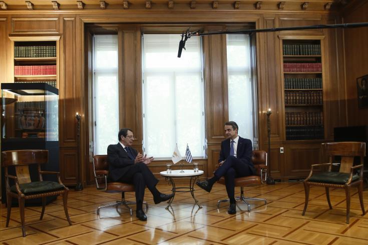 Ο Αναστασιάδης συναντά τον Έλληνα πρωθυπουργό στην Αθήνα