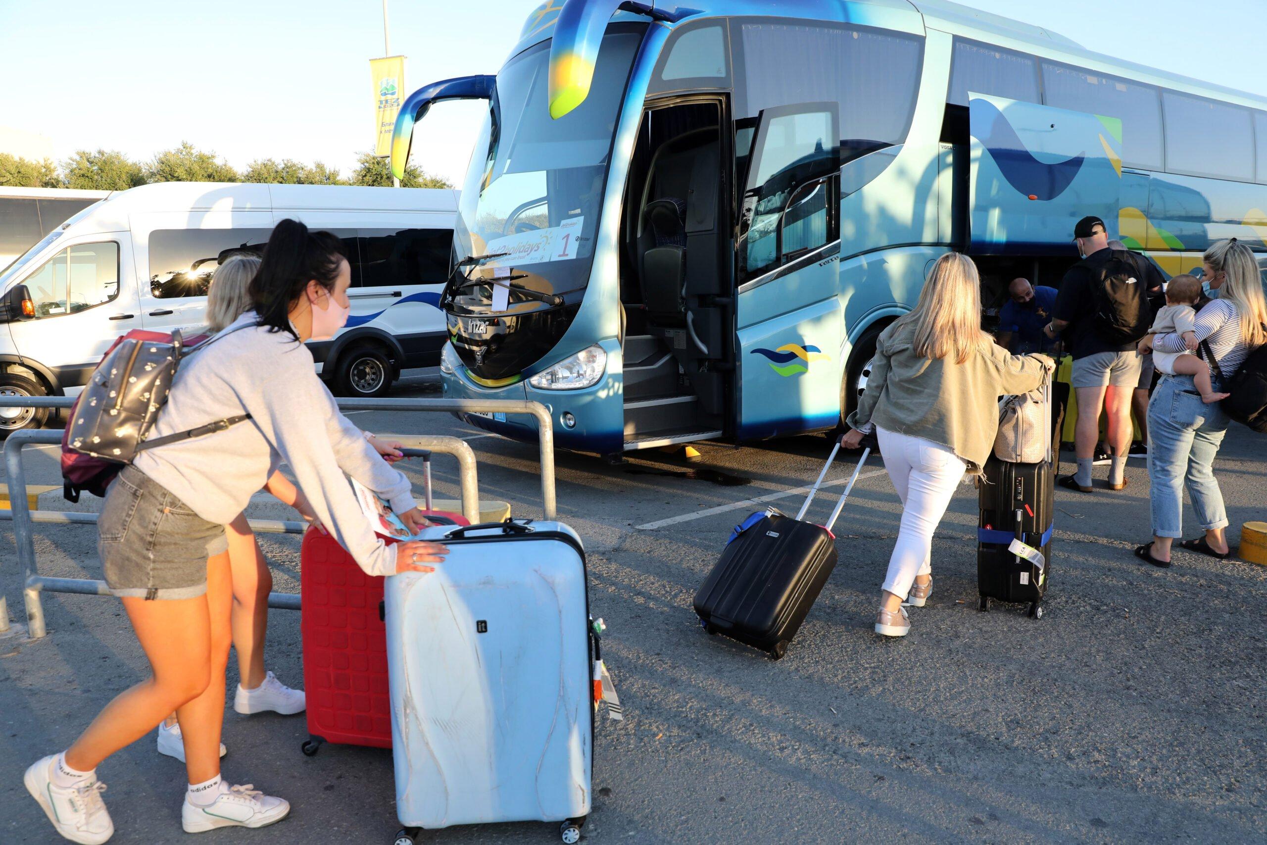 Coronavirus: Η Κύπρος εξαιρείται από την ασφαλή λίστα ταξιδιών στο Ηνωμένο Βασίλειο