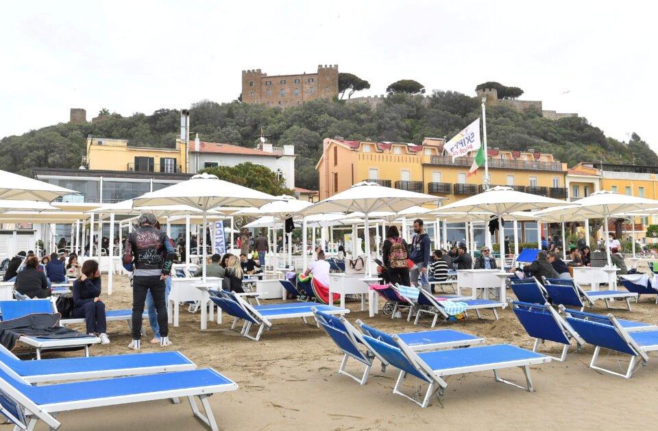 file photo: beaches in tuscany open after the easing of covid 19 restrictions, in castiglione della pescaia