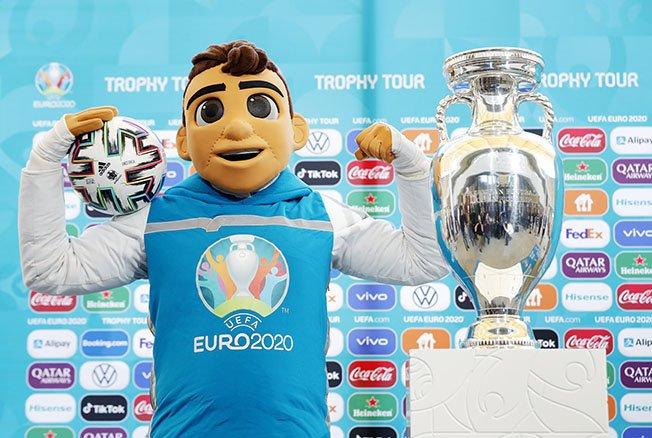uefa euro 2020 trophy tour in bucharest