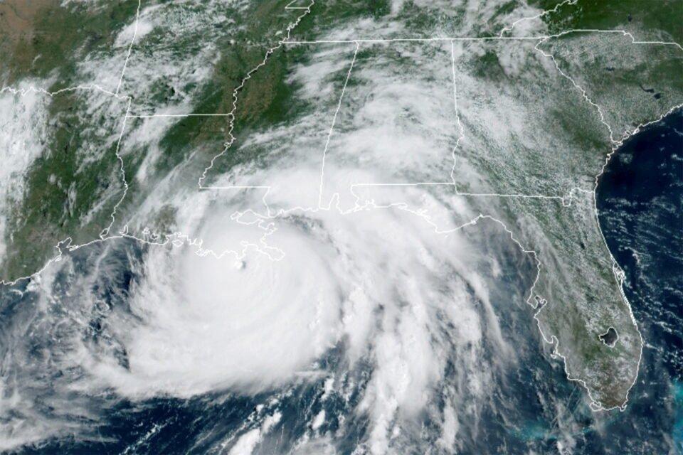 satellite image of hurricane ida