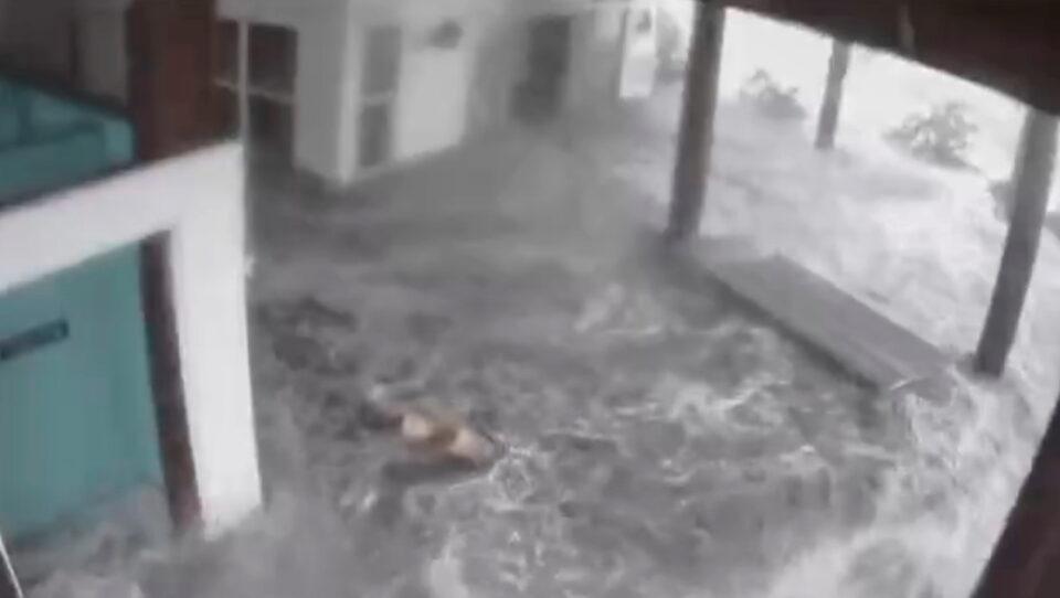 hurricane ida makes landfall in louisiana