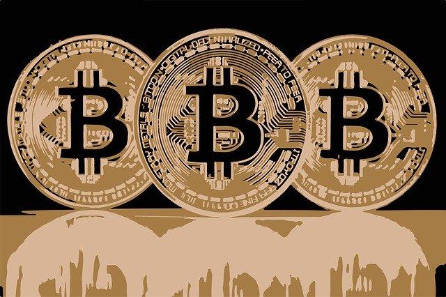 bitcoin 2972192 640