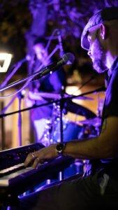 profile2 with trio frisson live at aphrodite hills