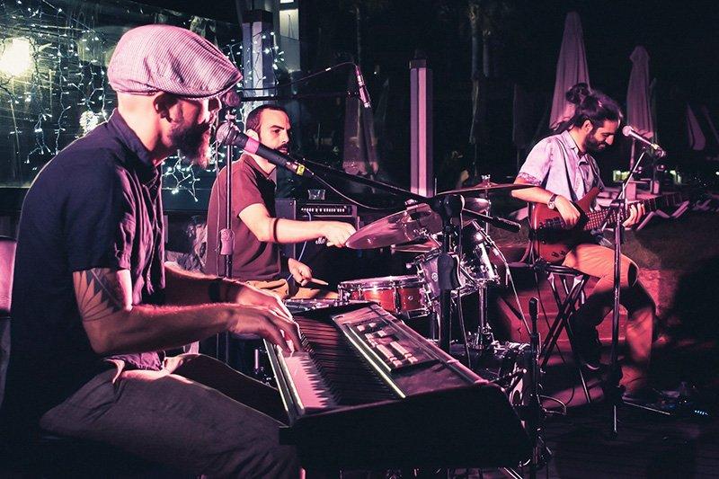 profile3 with trio frisson live at moonwalk festival