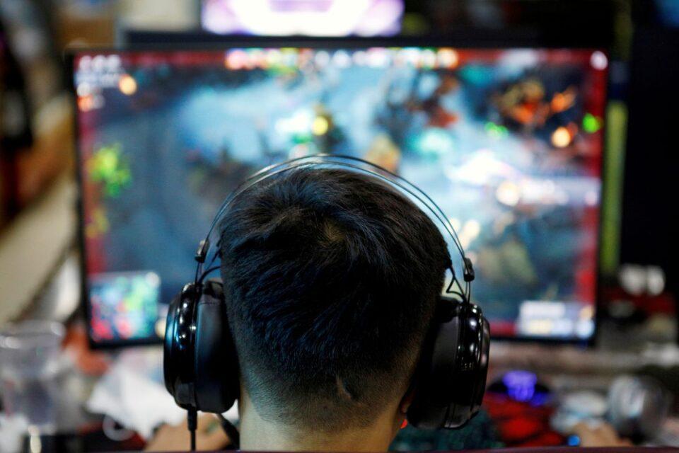 reuters china gaming