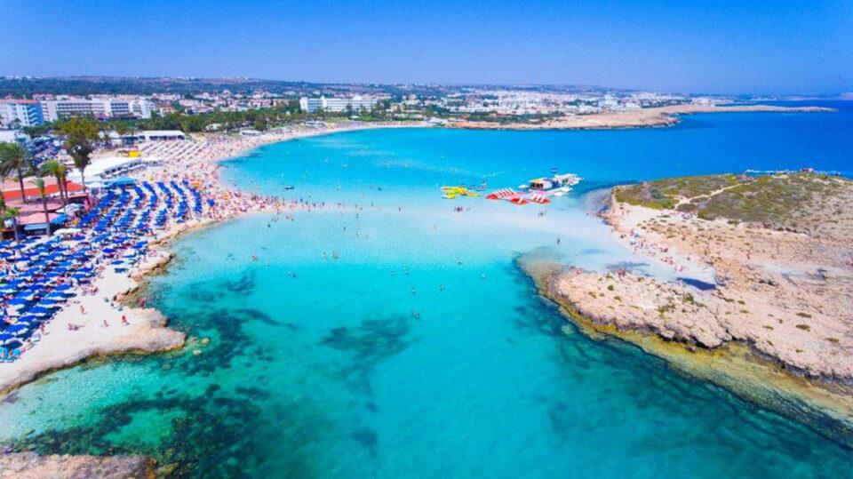 nissi beach ΑΓΙΑΣ ΝΑΠΑΣ 3η ΘΕΣΗ instagram