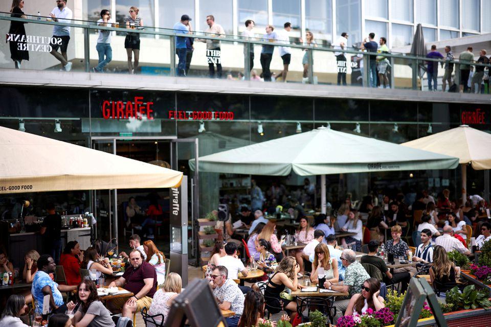 uk inflation restaurant
