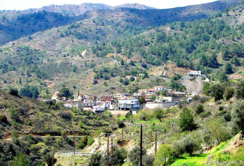 the apliki village in the nicosia district